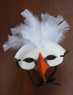 "✓ White Swan Mask - Designed & Crafted by Lesa Steele using Chinet® Classic White™ 10 3/8"" Dinner Plate for the #Chinet Ultimate Block Party."