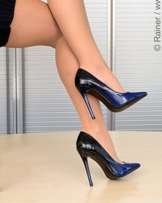 SHOP: http://www.hi-heels.de Art-No. : Svenja-23 ©® @highheels_by_fusswolfgang #HighHeels #FussSchuhe #luxuryshoes #ShoesOfTheDay #womanshoes #sexyheels #highheelshoes #shoeporn #shoelover #heels #heel #stilettos #heelsaddict #stiletto #shoeshopping #shoefie #highheel #instaheels #designershoes #shoesaddict #sexyshoes #instashoes #hellonheels #loveheels #shoestagram #shoeaholic #shoeaddiction #fashionshoes #iloveheels #shoeaddict