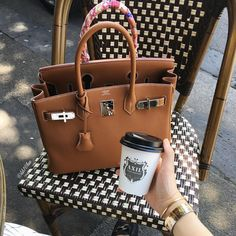 Beautiful HERMÈS Birkin Bag &Cartier Bracelets