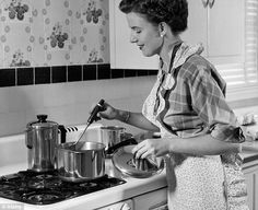 94 best images about Vintage Suburbia on Pinterest   Green kitchen ...