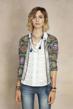 I like this look, especially the jacket Saco Sinu Antique Pull Crochet, Gilet Crochet, Crochet Cardigan, Crochet Top, Look Boho, Look Chic, Look Fashion, Fashion Outfits, Womens Fashion