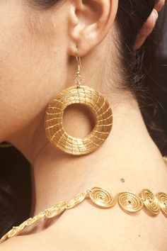 Braziliant Jewelry that is made out of coils of the Capim Dourado, a golden grass that grows on the Brazilian Cerrado!