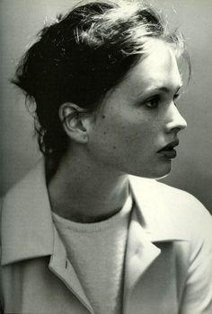 Vogue Italia, mid 90s  Photographer : Steven Meisel  Model : Kylie Bax