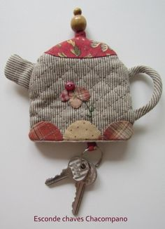 .Lovely Keyholder.Perfect to use little scraps.