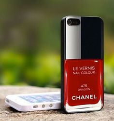 Funda de #iphone #Chanel