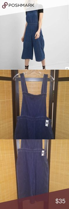 Gap denim overalls *New* Denim wide leg overalls,zips up on side,can dress up or down,no trades GAP Pants Jumpsuits & Rompers