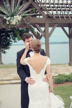 Photography: Alea Moore Photography - www.aleamoore.com%0A%0ARead More: http://www.stylemepretty.com/2014/10/15/elegant-lakeside-georgia-wedding/