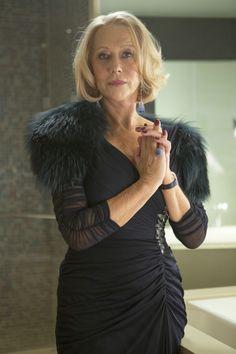 ÄLTER. HÄRTER. BESSER! Und nach wie vor sehr ansehnlich - Victoria (Helen Mirren) zeigt auch bei der Arbeit einen Sinn für Stil. © 2013 Concorde Filmverleih GmbH