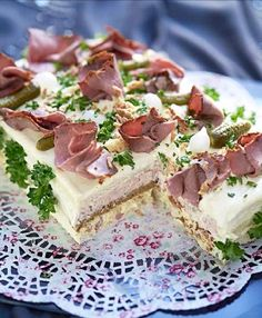 Sandwich Cake, Sandwiches, Meat Cake, Savory Cheesecake, Baked Bakery, Open Faced Sandwich, Bacon, Pasta, Savoury Cake