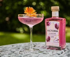 """Victoria Gin on Instagram: """"Favourite gin, signature cocktail. Time to celebrate the new week! #itsvictoriatime"""" Signature Cocktail, Time To Celebrate, New Week, Gin, Cocktails, Victoria, Celebrities, Tableware, Instagram"""