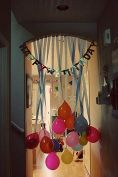 Do this to the kids doorway on their birthday morning! cott Do this to the kids doorway on their birthday morning! Do this to the kids doorway on their birthday morning! Birthday Morning Surprise, Birthday Fun, Birthday Parties, Birthday Balloons, Balloon Party, Birthday Celebrations, Birthday Surprise Ideas, Special Birthday, Birthday Balloon Surprise