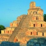 The Mexico City to the Yucatan Peninsula itinerary allows you to discover the wonders of two regions in Mexico with a visit to several pre-Colombian ruins.