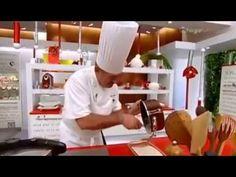 Leche frita con coulis de frambuesas Receta de Karlos Arguiñano, Leche Frita, Fried milk with raspberry coulis, sabroso postre. Galera Granada Fermín Guillen...