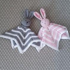 Ravelry: securityblanket rabbit pattern by Titti Stenke Crochet Lovey Free Pattern, Crochet Pillow, Crochet Blanket Patterns, Baby Blanket Crochet, Crochet Baby, Crochet Blankets, Diy Crafts Knitting, Diy Crafts Crochet, Crochet Projects