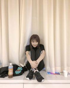 iz*one: miyawaki sakura How To Cure Depression, Sakura Miyawaki, Fandom, Japanese Girl Group, Kim Min, Extended Play, The Wiz, Girl Crushes, One Pic