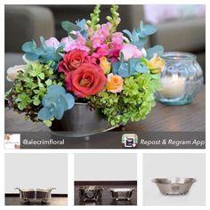 Vasos de metal pra compro junto de vela e porcelana