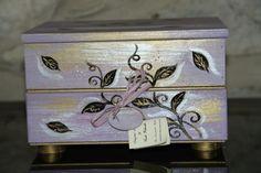 Porta gioielli in legno dipinto a mano