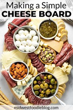 Fool proof, step-by-step instructions and pro tips to help you make the very best quick and easy cheese board - perfect for your next family gathering! Charcuterie Recipes, Charcuterie Platter, Meat Platter, Charcuterie And Cheese Board, Cheese Boards, Meat Cheese Platters, Easy Cheese, Meat And Cheese, Wine Cheese