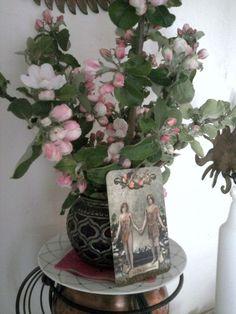 Das naturmagische Jahreskreisfest Beltane (Fruchtbarkeitsfest) am 1. Mai 2015 - mein Altarstrauss