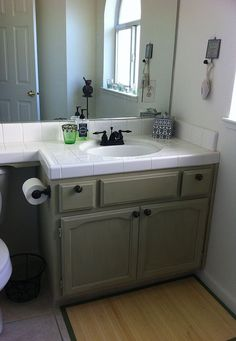 Bathroom Makeover With Chalk Paint® Decorative Paint by Annie Sloan
