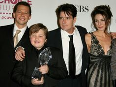 Marin Hinkle and the Cast of Two and A Half Men, Charlie Sheen, Jon Cryer and Angus T. Jones as Jake Harper. Two And Half Men, Half Man, Jon Cryer, Us Actress, Charlie Sheen, Young Guns, Man Movies, Television Program, Marines