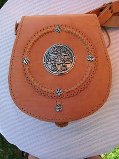 Handmade  leather  bag-Tree of life by Apu leathercraft, via Flickr