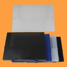 HS525: 1 inch document case item No.: HS525 model Des.: 1 inch document case with card holder size: 330x250x30mm poly thickness: 0.67mm satin pp+0.18mm glossy pp material: 1 business card holder and 1pcs blank card+elastic band with metal clip package: 6pcs/pk;24pcs/ctn carton size: 530x430x355mm volume: 0.081cbm