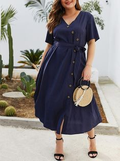 Cute Outfits For Plus Size Women. Graceful Plus Size Fashion Outfit Dresses for Everyday Ideas And Inspiration. Plus Size Refashion. Plus Size Summer Dresses, Plus Size Maxi Dresses, Summer Dresses For Women, Plus Size Outfits, Plus Size Summer Fashion, Plus Size Dress Clothes, Plus Size Shirt Dress, Plus Size Summer Outfit, Dressy Dresses