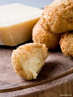 Croquettes with Parmesan (Italy) - - Italian Snacks, Italian Recipes, Italian Appetizers, No Salt Recipes, Cooking Recipes, Vegan Recipes, Parmesan, Les Croquettes, Weird Food