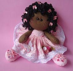 Simple doll                                                                                                                                                                                 Mais