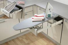 Выдвижная гладильная доска Vauth-Sagel для кухни. Складная гладиьная доска для кухонной тумбы.