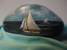 Sailboat+boat+Nautical+hand+painted+Rock+Seascape+Lake+Collectable+paper+weight+