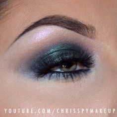 beautiful shimmery green eyeshadow @Christina Pippenger