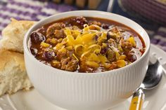 Not all chili is created equal, and our recipe for Southwest Sausage Chili is one that proves our point! It& loaded with some Southwestern favorites, like bright kernel corn, salsa, and flavorful sausage. This is one you& want to include in your l Chilli Recipes, Soup Recipes, Cooking Recipes, Dinner Recipes, Venison Recipes, Hamburger Recipes, Kitchen Recipes, Recipies, Black Bean Chili