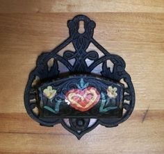 Eastlake match holder Create Your Own Website, Stores, Cast Iron, Picture Frames, Canada, Victorian, Hand Painted, Boutique, Silver