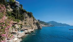 A beach wedding in Italy on Amalfi Coast - London Wedding Planner Italy Amalfi Coast Hotels, Wedding Planner Italy, Italy Wedding, Hotels And Resorts, Best Hotels, Italian Wedding Venues, Hotel Specials, Us Beaches