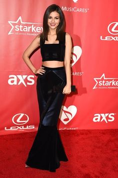 Victoria Justice MusiCares Person of the Year Tribute to Bob Dylan