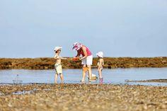 peche-a-pieds Camping Normandie, Club Nautique, Char A Voile, Station Balnéaire, Saint Michel, Activities, Couple Photos, Sports, Windsurfing