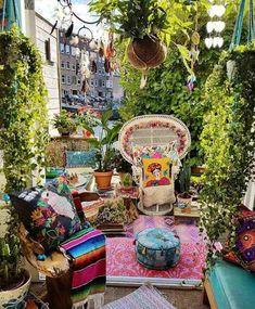 Aménager son jardin style bohème chic pour célébrer la nature et les couleurs !