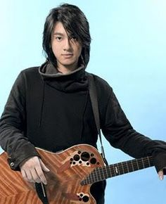 Ken Zhu - FamousFix.com post Taiwan Drama, Bomber Jacket, Turtle Neck, Sweaters, Jackets, Fashion, Down Jackets, Moda, Fashion Styles
