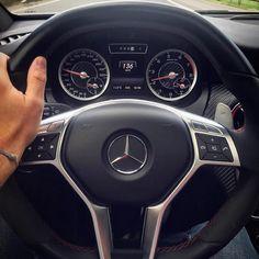 Mercedes-Benz A 45 AMG (Instagram @chrissagramola)