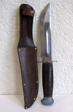 WWII RH PAL 36 USMC Combat Blade Fighting Hunting Knife w/ Sheath Red Spacers