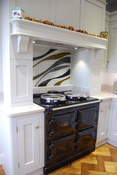 Jo Vincent designs and produces glass art, interior accessories and architectural glass installations for private and commercial spaces. House Plans, Glass Installation, Interior Accessories, Glass Splashback, Interior, House, Glass Kitchen, Splashback, Double Wall Oven