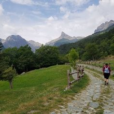 6 escursioni facili e alla portata di tutti in Valle Camonica Trekking, Country Roads, Places, Nature, Travel, Bucket, Tips, Climbing, Italia