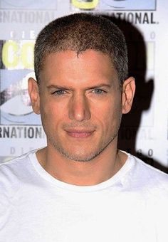 Interview with Prison Break star Wentworth Miller on reprising his role as Michael Scofield, Michael Wentworth Miller Interview, Wentworth Miller Prison Break, Michael Scofield, Best Tv Series Ever, Best Tv Shows, Hot Actors, Actors & Actresses, Michael And Sara, Leonard Snart