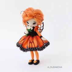 У этой крошки отменный характер. Совершенно не капризничала, вылетела #бабочкой из моих рук. Легко и непринужденно! Очень люблю такие работы, которые спокойные, как дыхание во время релакса. . #куклыкрючком #doll #weamiguru #бабочкамонарх #люблюсвоюработу