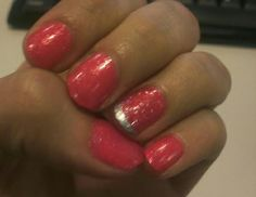 Fun pink (with a French accent nail!) from our intern @gracegavilanes