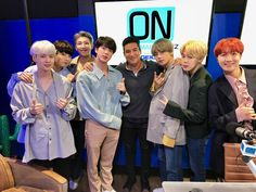 ☆ 171118 ☆ ON With Mario Lopez's Tweet Here it is! The FULL video interview with @BTS_twt is now up! Talking #BTSxAMAs, new music, visiting America & more! #BTSxMarioLopez #BTS : https://onwithmario.iheart.com/featured/on-with-mario/content/2017-11-17-watch-bts-stops-by-to-talk-amas-performance-new-music-more/ … @MarioLopezExtra