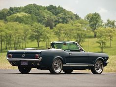 Ford Mustang GT Convertible (1965).