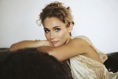 'Nashville' Star Clare Bowen to Release Debut Album – Rolling Stone Scarlett O Connor, Lori Mckenna, Clare Bowen, Nashville Star, Robert Young, Country Music News, Fall From Grace, Makes You Beautiful, Beautiful Women
